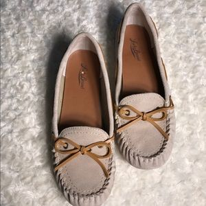 LUCKY BRAND moccasins Sz 9 Leather/Faux Fur Lining